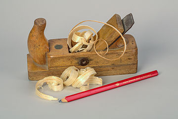 Germany Plane-with-wood-shavings-and-carpenters-pencil-01.jpg