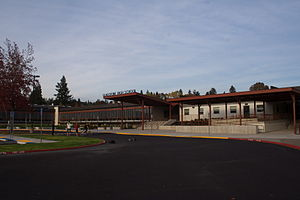 Gladstone High School (Oregon) - Image: Gladstone High School Oct 09
