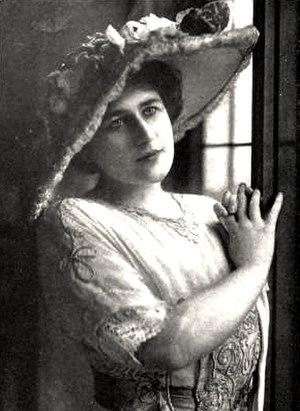 Gladys Hanson - Image: Gladys Hanson