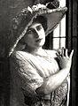 Gladys-Hanson.jpg
