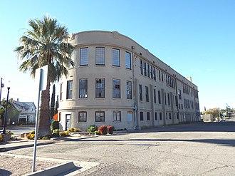 Globe High School - Hill Street School built in 1913