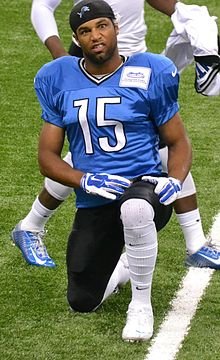 Golden Tate in 2014 at Detroit Lions training camp.jpg