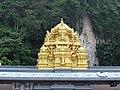Golden Top Batu Temple Malaysia - panoramio.jpg