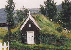 Grassodenkirchlein1.jpg