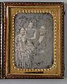 Grupporträtt, man, kvinna och flicka. Okända - Nordiska Museet - NMA.0052743 1.jpg