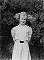 Half length portrait of a young girl (AM 84624-1).jpg