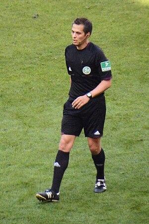 Robert Hartmann (referee) - Hartmann in 2013