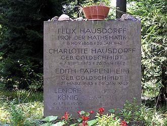 Felix Hausdorff - Hausdorff's gravestone in Bonn-Poppelsdorf