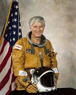Henry Hartsfield American astronaut