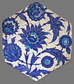 Hexagonal Iznik tile V&A 396-1905.jpg