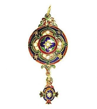Holbeinesque jewellery - Image: Holbeinesque Pendant 01