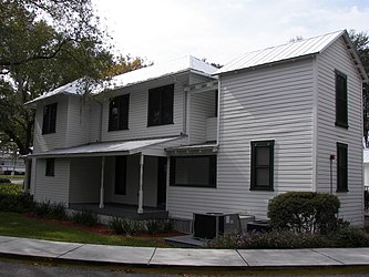 Horace T. Robles House side.jpg