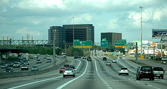 Interstate 610 (Texas) - I-610 eastbound at US 290 in Houston, a few years before reconstruction.