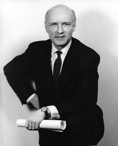 Один из основоположников кибернетики Хайнц фон Фёрстер, поспособствовавший первой публикации статьи об аутопоэзисе