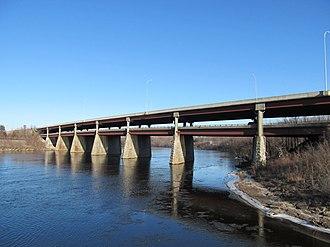 Interstate 495 (Massachusetts) - I-495 bridge over the Merrimack River in Lawrence