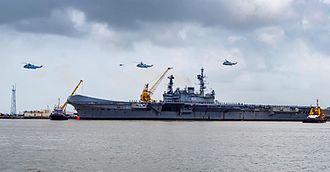 INS Viraat - Viraat departs Mumbai under her own power for the last time in July 2016 en route to Kochi.