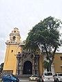 Igreja La Santíssima Cruz, Lima - Peru - panoramio (1).jpg
