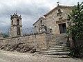 Igreja de Santiago e Capela anexa dos Cabrais.jpg