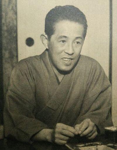 井上 靖(Yasushi Inoue)Wikipediaより