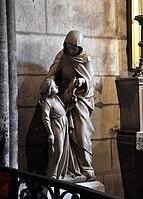 Inside of the Notre Dame 1.jpg