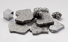 Iron electrolytic and 1cm3 cube.jpg