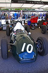 Bolid JBW Type 1 podczas Goodwood Revival w 2012 roku
