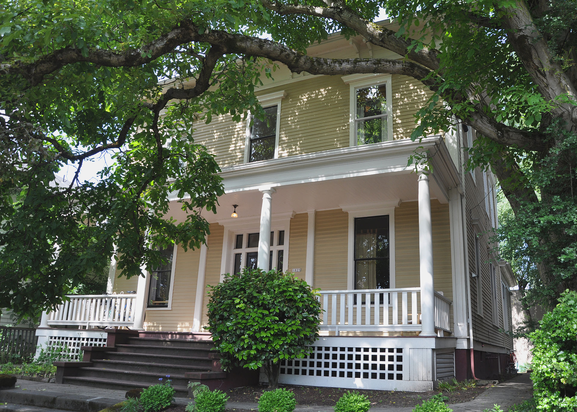 James B. Stephens House