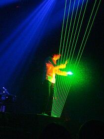 Jean Michel Jarre playing a laser harp 1, 2009-05-12.JPG