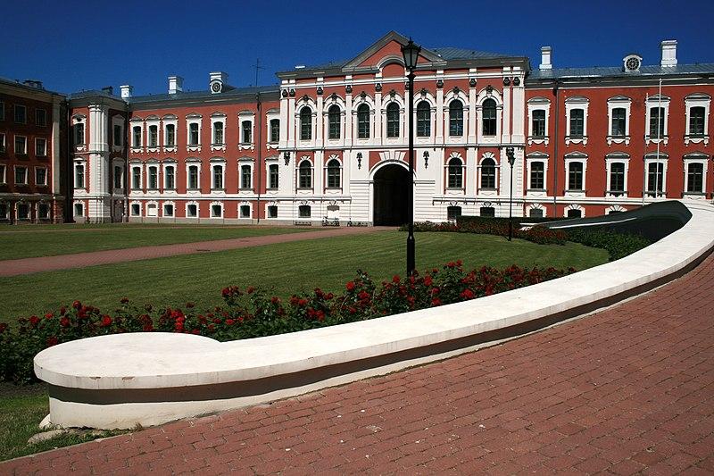 Architecture et sculpture 800px-Jelgava_palace_-_panoramio_%281%29