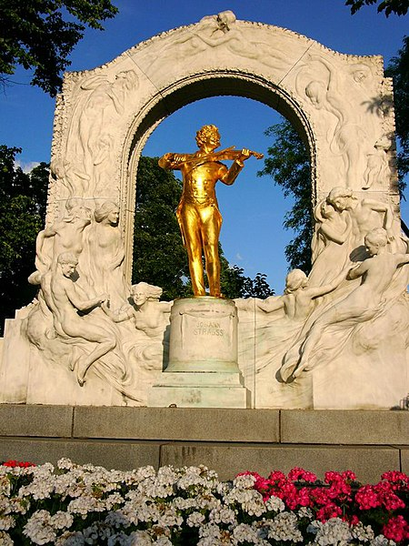 The gilded statue of Johann Strauss draws thousands of shutterbugs every year. Photo by Andreas Poeschek.