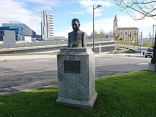 Bust of Juan Antonio Álvarez Rabanal