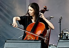 Julia Kent at Primavera Sound 2011 (a).jpg