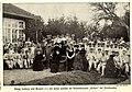 König Ludwig III von Bayern und Familie im Vereinslazarett 'Holzen' bei Ebenhausen, 1914.jpg