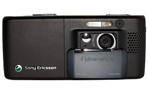 Image of the Sony Ericsson K800i with the came...