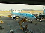 KAL Boeing 777-3B5 HL7784.JPG