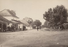 KITLV 103220 - Céphas - Street behind Fort Vredeburg in Yogyakarta - Around 1890.tif