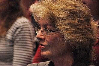 Kathleen Woodward - Kathleen Woodward