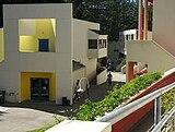 Kresge College en la Universidad de California Santa Cruz (1971-1974)