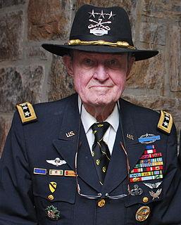 Hal Moore US Army general