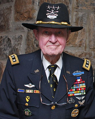 Air Assault Badge - LTG (R) Hal Moore wearing the original Air Assault Badge