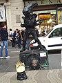 La Rambla , artista di strada 1 - panoramio.jpg