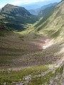 La valle infinita da forcella busa della neve - panoramio.jpg