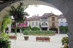 Labastide-d'Armagnac - The main square in Labastide-d'Armagnac