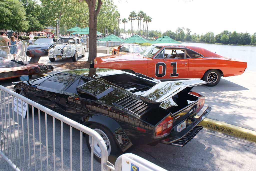 filelamborghini countach  lps cannonball run  dodge charger  general lee lsides