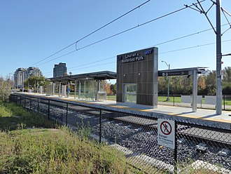 Laurier–Waterloo Park station - Station structurally complete, October 2017