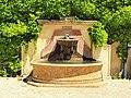 Le Tholonet-FR-13-château-parc-fontaine-a2.jpg