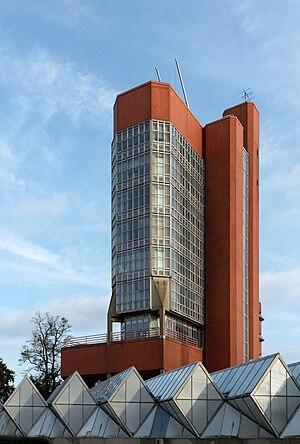 James Gowan - University of Leicester Engineering Building