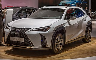 Small SUV / crossover car model with hybrid or petrol engine