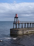Light at the end of East Pier, from West Pier, Whitby - geograph.org.uk - 1426552.jpg