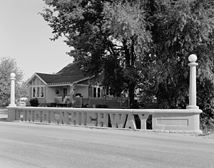 Lincoln Highway bridge in Tama, Iowa
